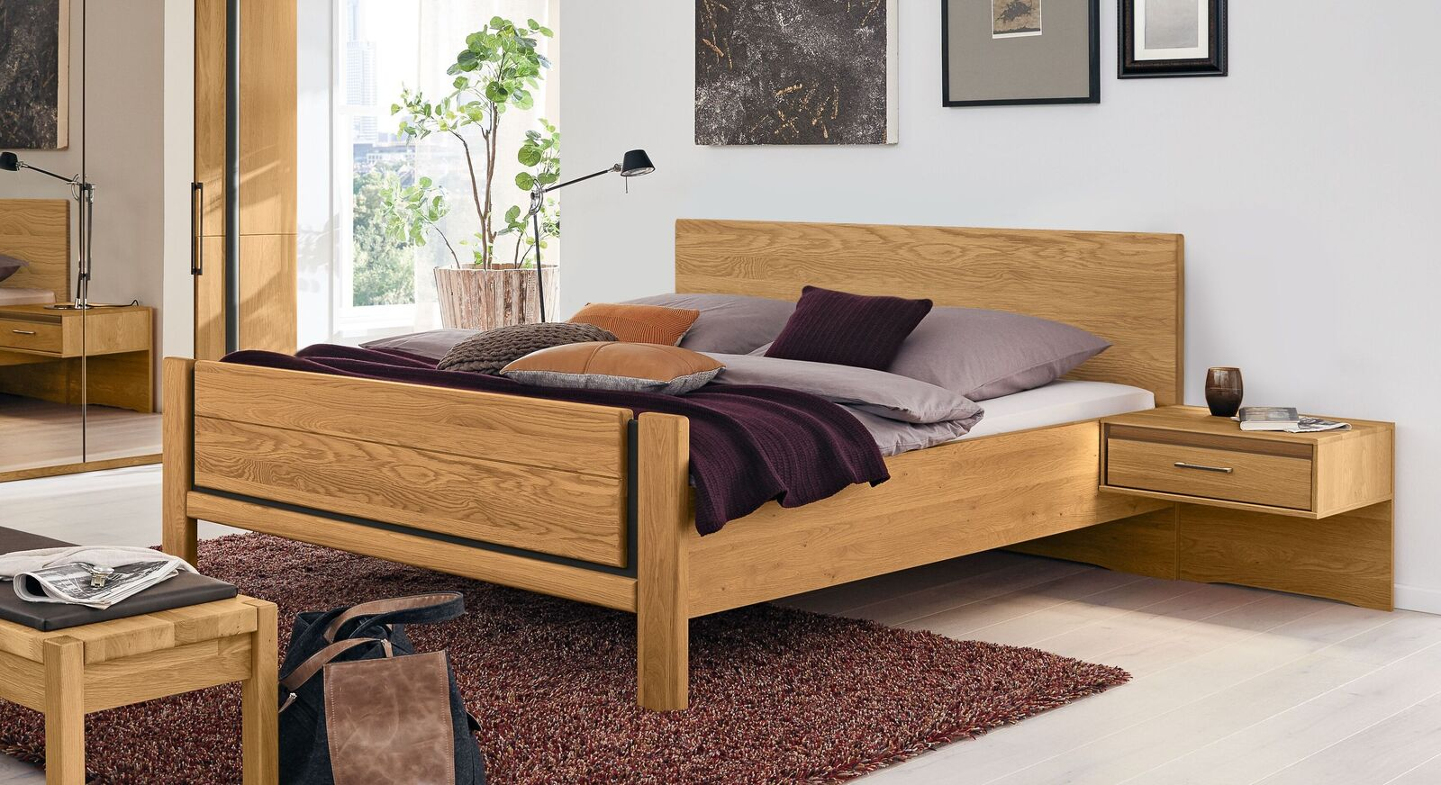 MUSTERRING Bett Sorrent in geradlinigem Design