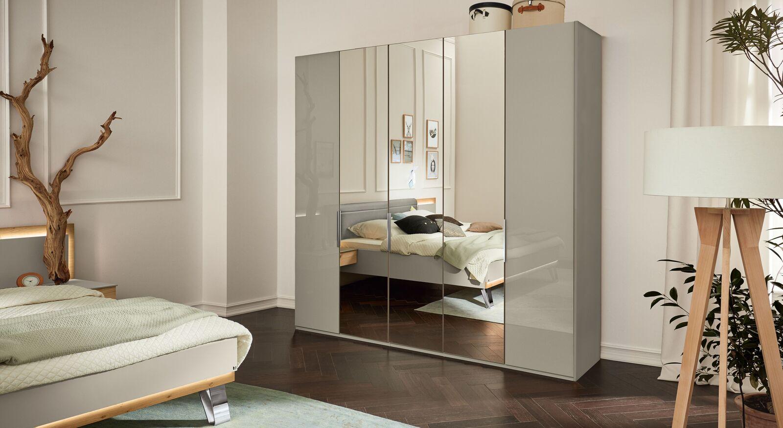MUSTERRING Spiegel-Kleiderschrank Saphira kieselgrau in modernem Look