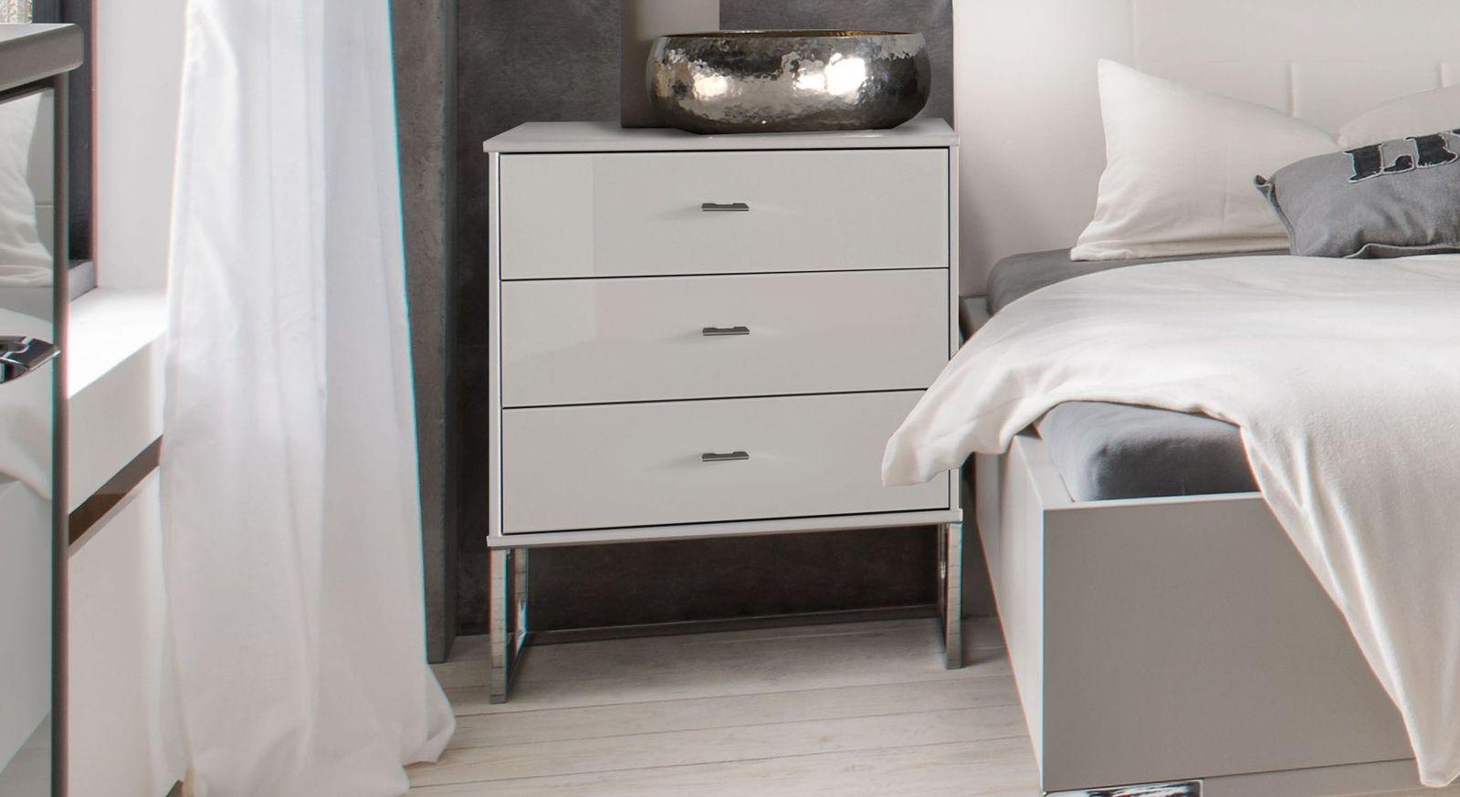 Nachttisch Crawley Komfort mit verchromten Metallkufen