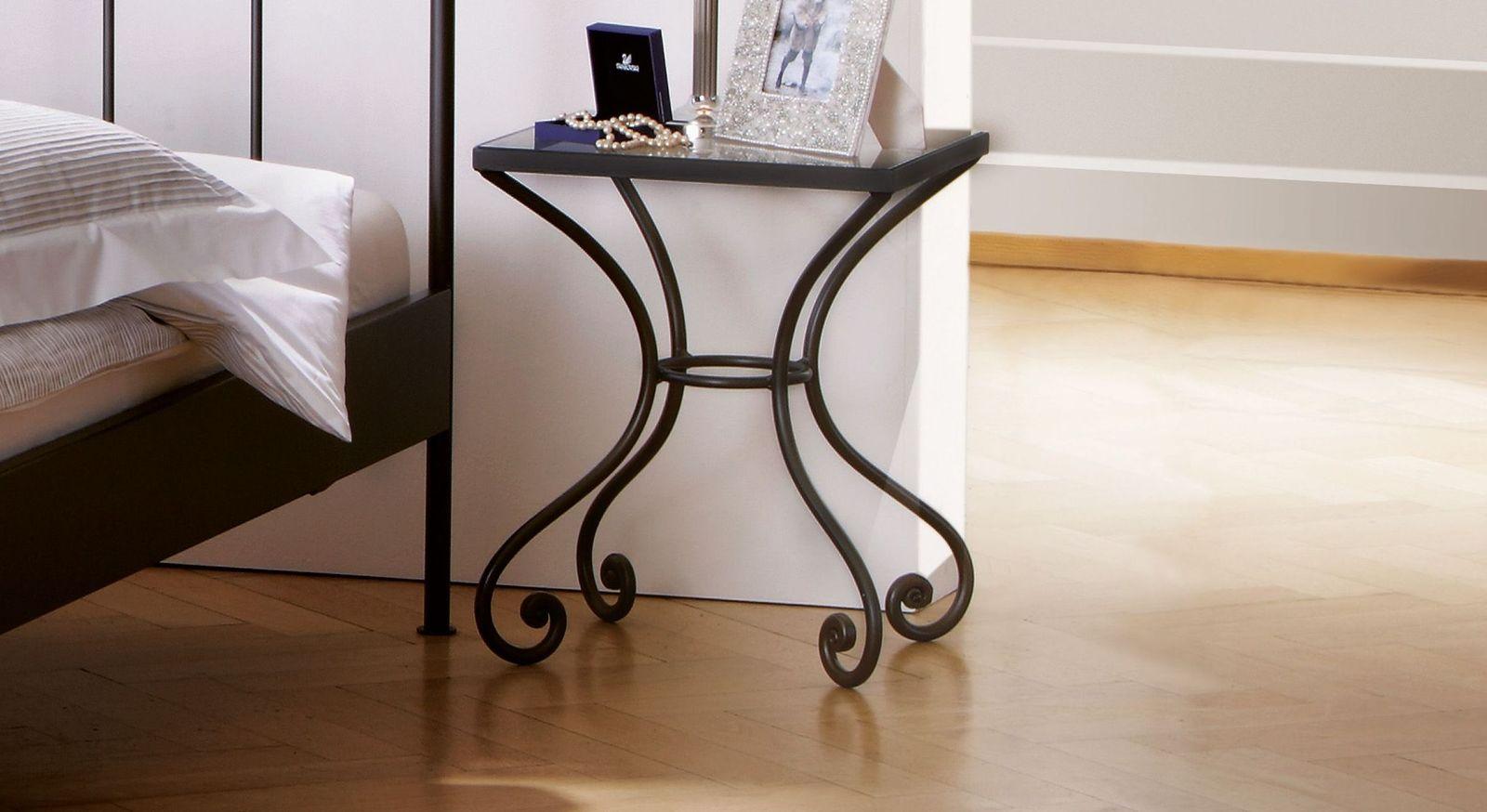 Eleganter Nachttisch Petit Paris aus anthrazitfarbenem Metall