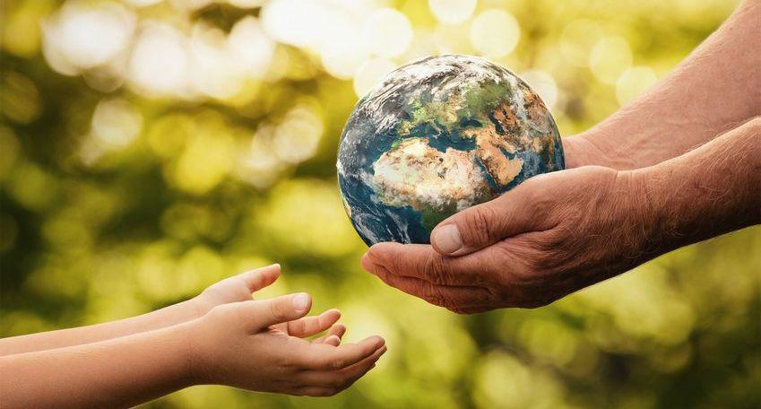 Planet Erde in unseren Händen