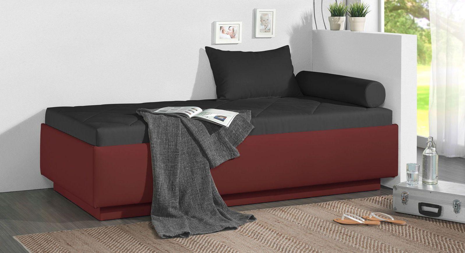Relaxliege Eriko aus dunkelrotem Kunstleder und schwarzem Microvelours