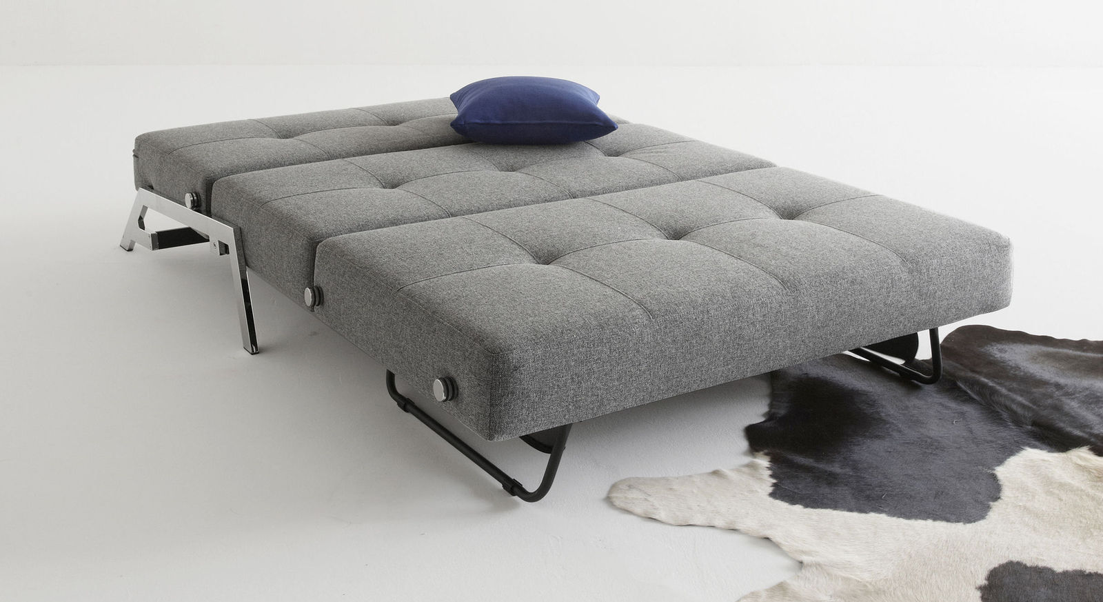 Schlafsofa Dowing mit ausgeklappter Liegefläche in 140x200cm