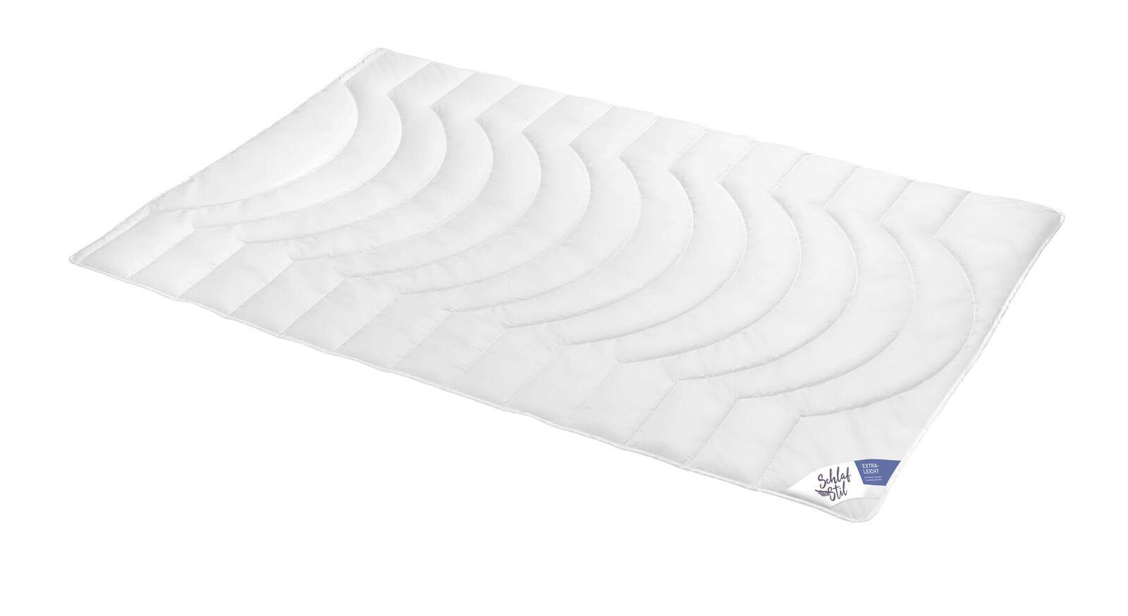 SCHLAFSTIL Markenfaser-Bettdecke F200 extra leicht für Sommernächte