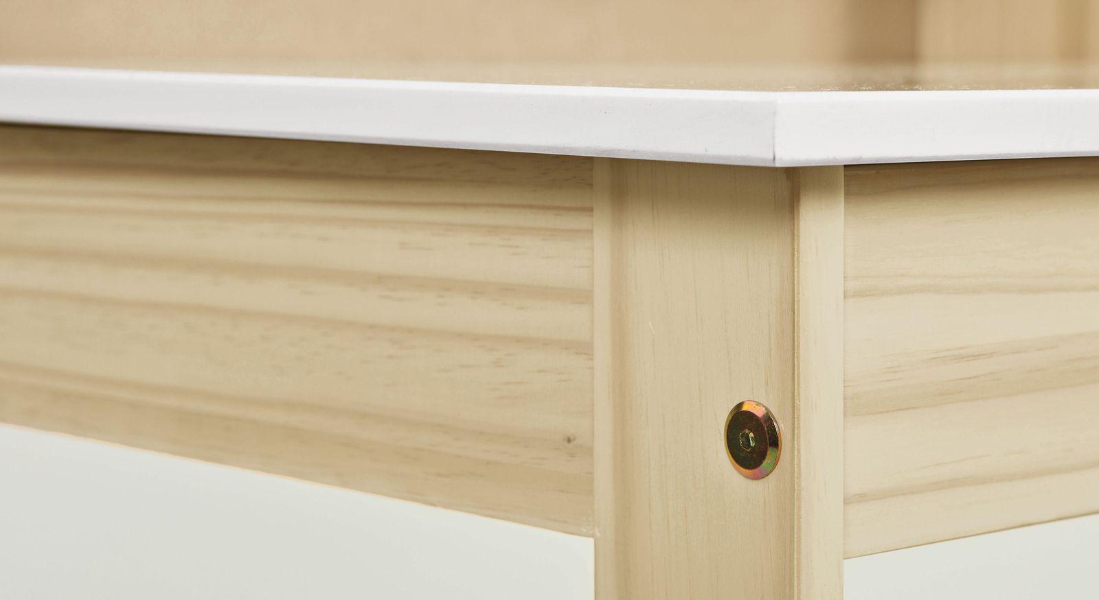 Schreibtisch Erin mit festen Schraubverbindungen