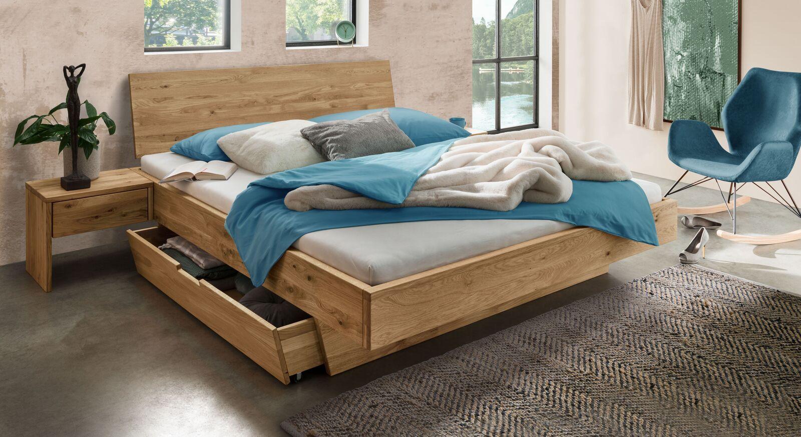 Schubkasten-Bett Adrien aus Wildeiche-Massivholz
