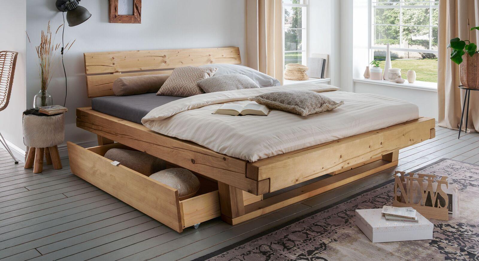 Schubkastenbett Barup aus natürlichem Fichtenholz