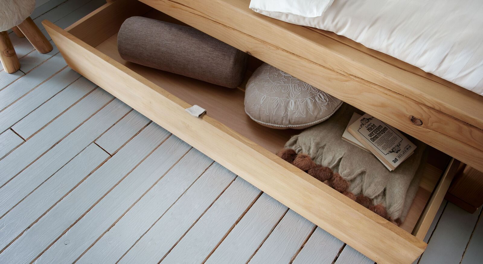 Schubkastenbett Barup mit praktischem Schubfach