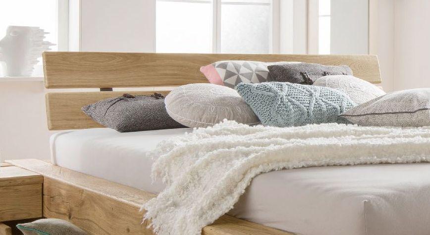 Schubkasten-Bett Doba mit geneigtem zweigeteiltem Kopfteil