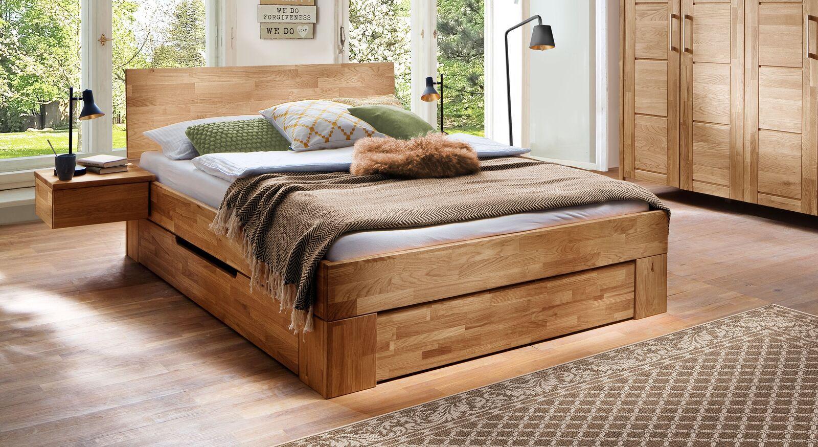 Schubkasten-Bett Pasja aus geölter Wildeiche