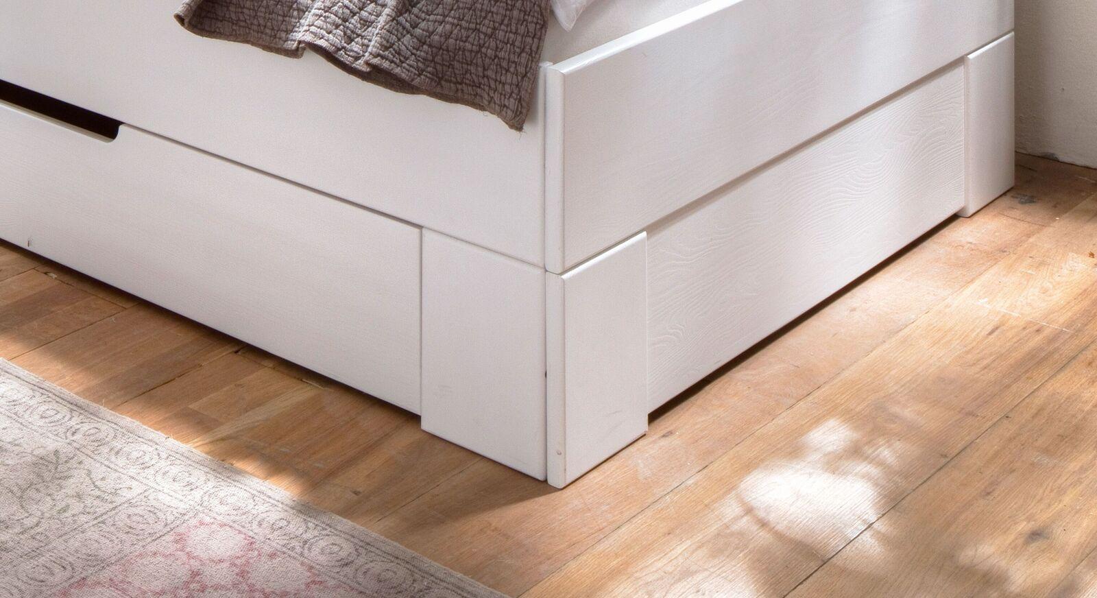 Schubkasten-Einzelbett Ottena mit Massivholz-Bettrahmen