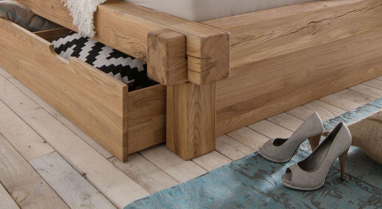 Rustikale Schubkasten-Liege Doba aus Massivholz