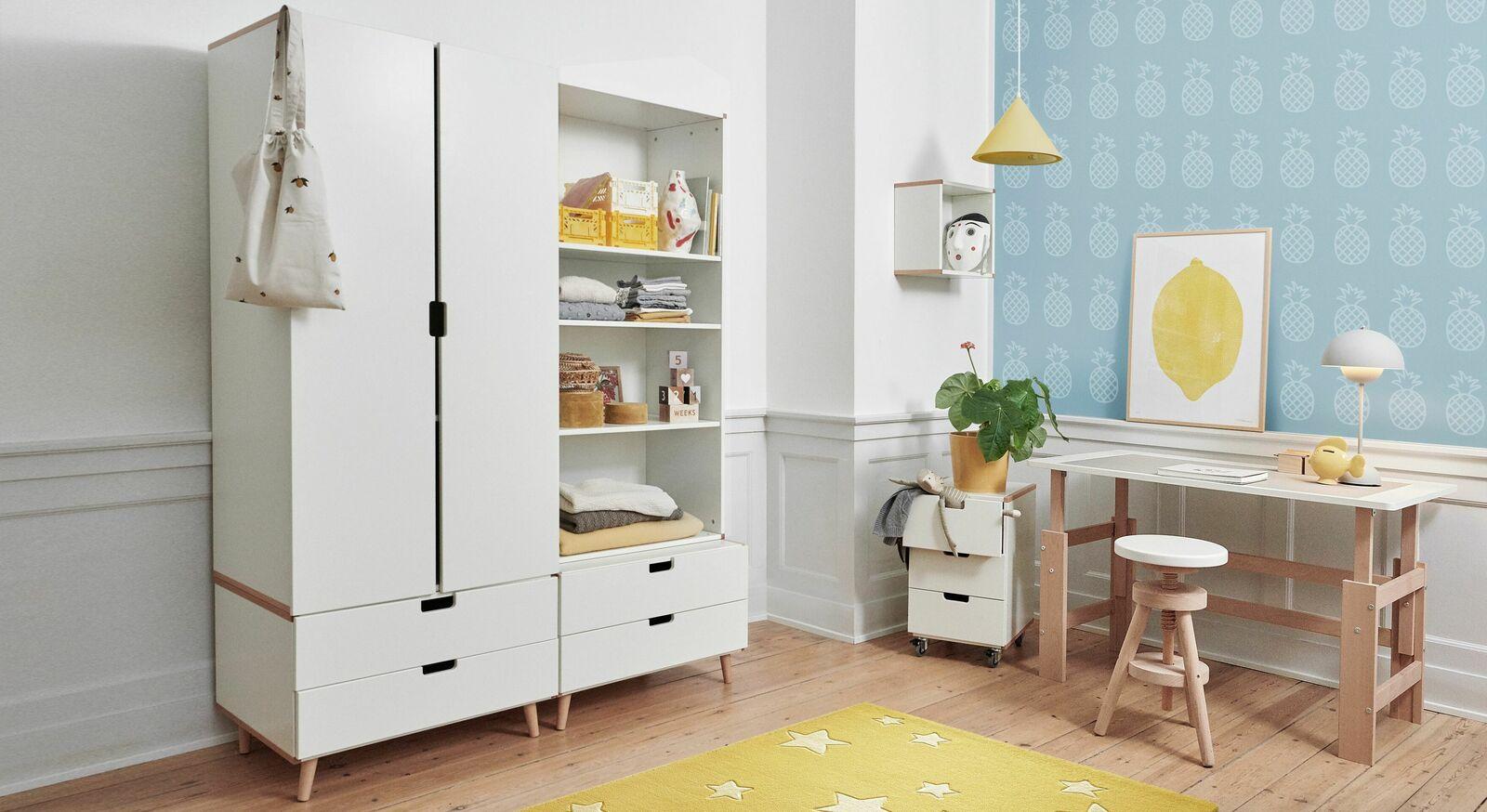 Schubladen-Kleiderschrank Kids Town Retro in Weiß mit Griffmulden
