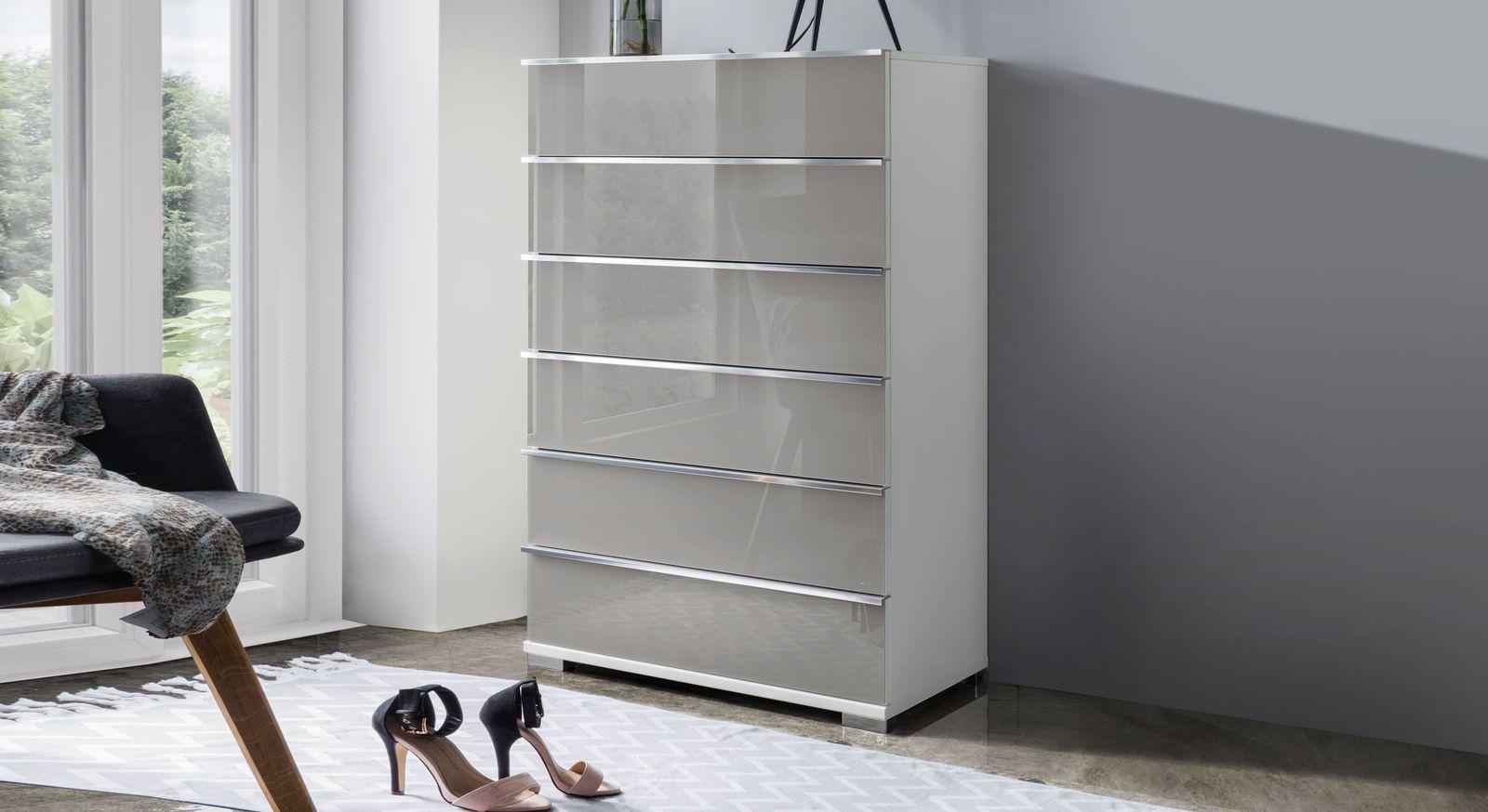 hohe schubladen kommode in wei und grau 6 ausz ge shanvalley. Black Bedroom Furniture Sets. Home Design Ideas