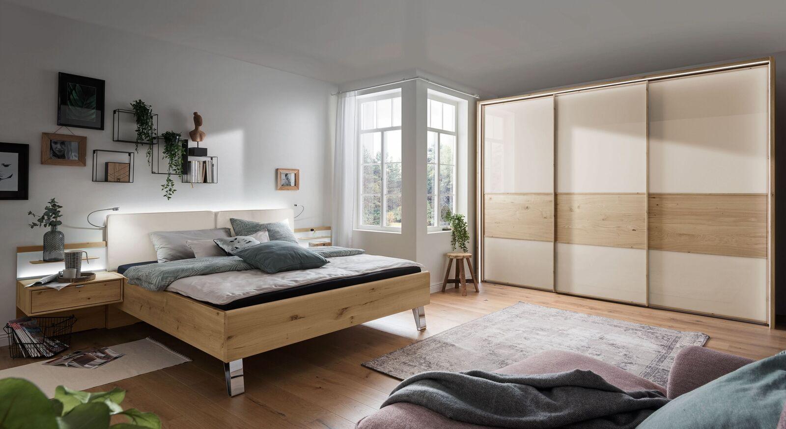 Passende Möbel zum Schwebetüren-Kleiderschrank Corato
