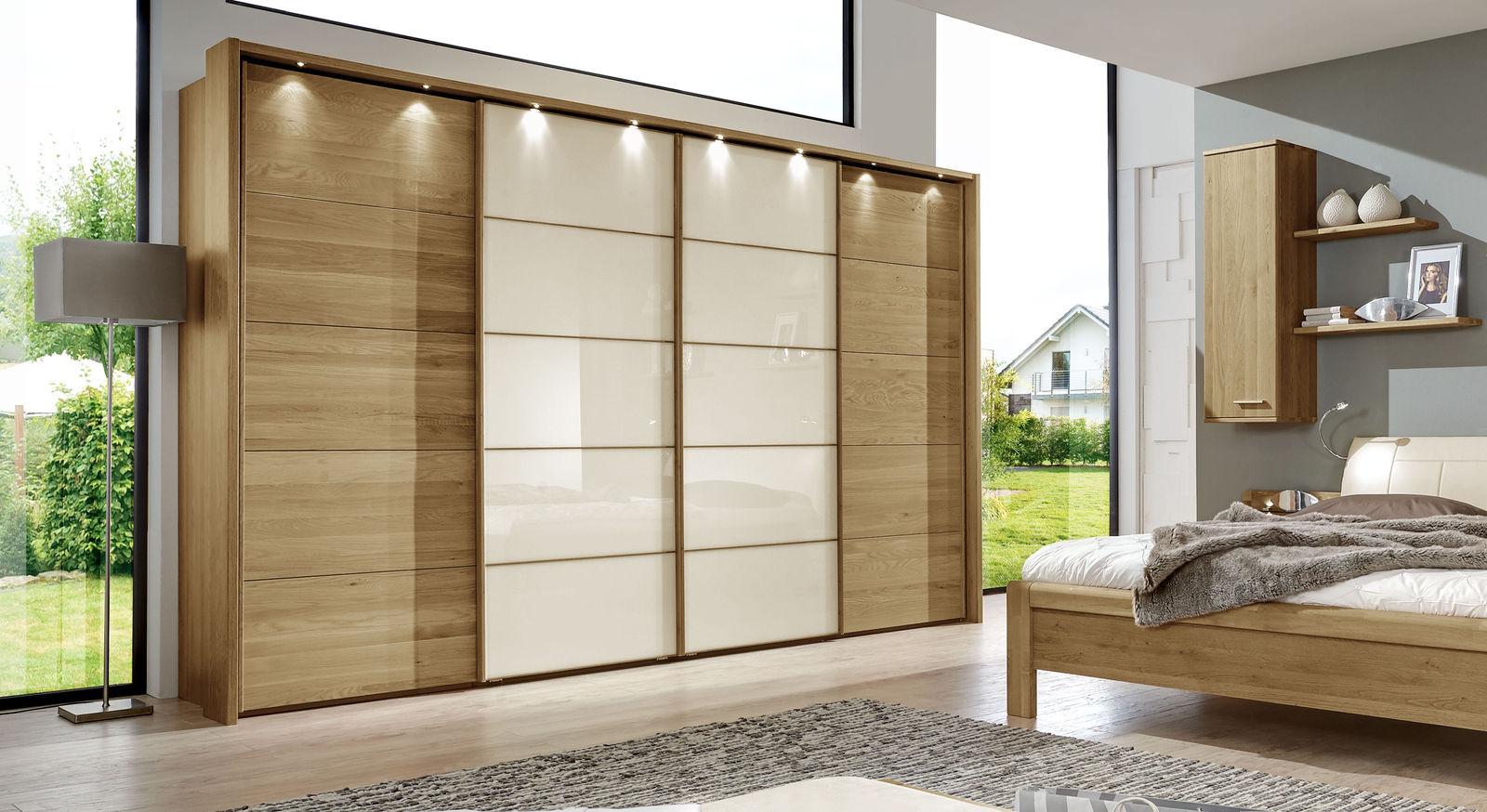 Schwebetüren-Kleiderschrank Praia mit magnolienfarbenem Glaseinsatz an den Türen
