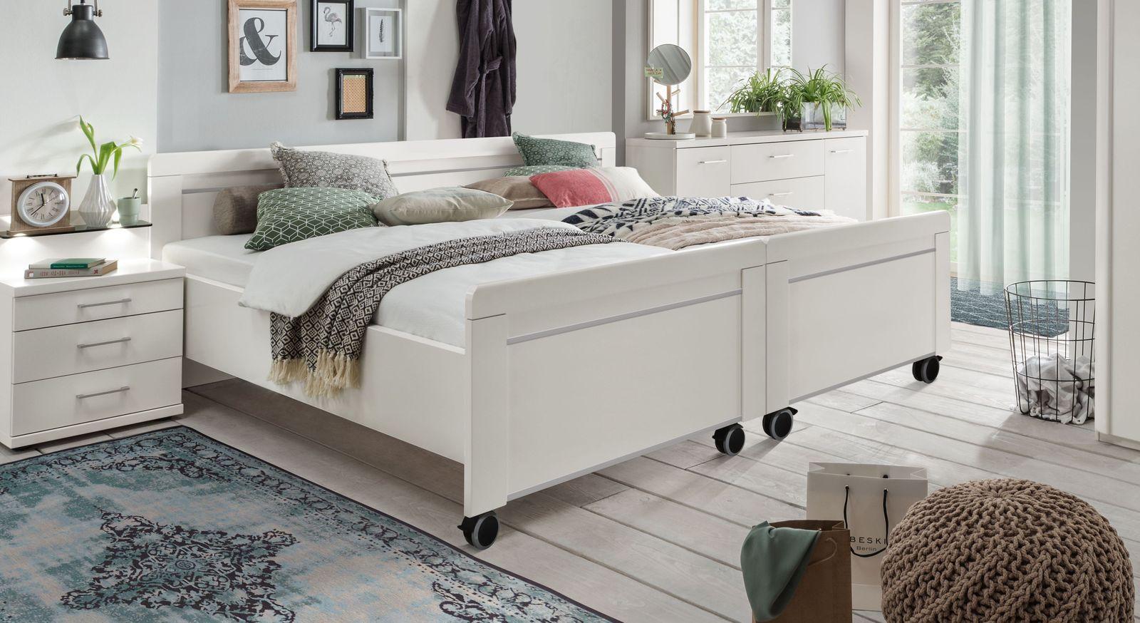 Preiswertes Senioren-Doppelbett Calimera in alpinweißem Dekor