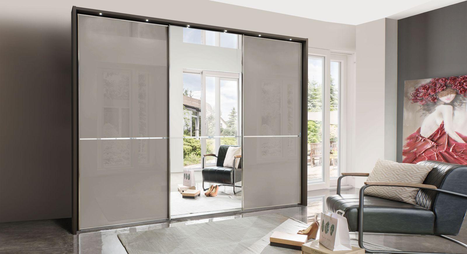 Spiegel-Kleiderschrank Butaco optional mit Beleuchtung