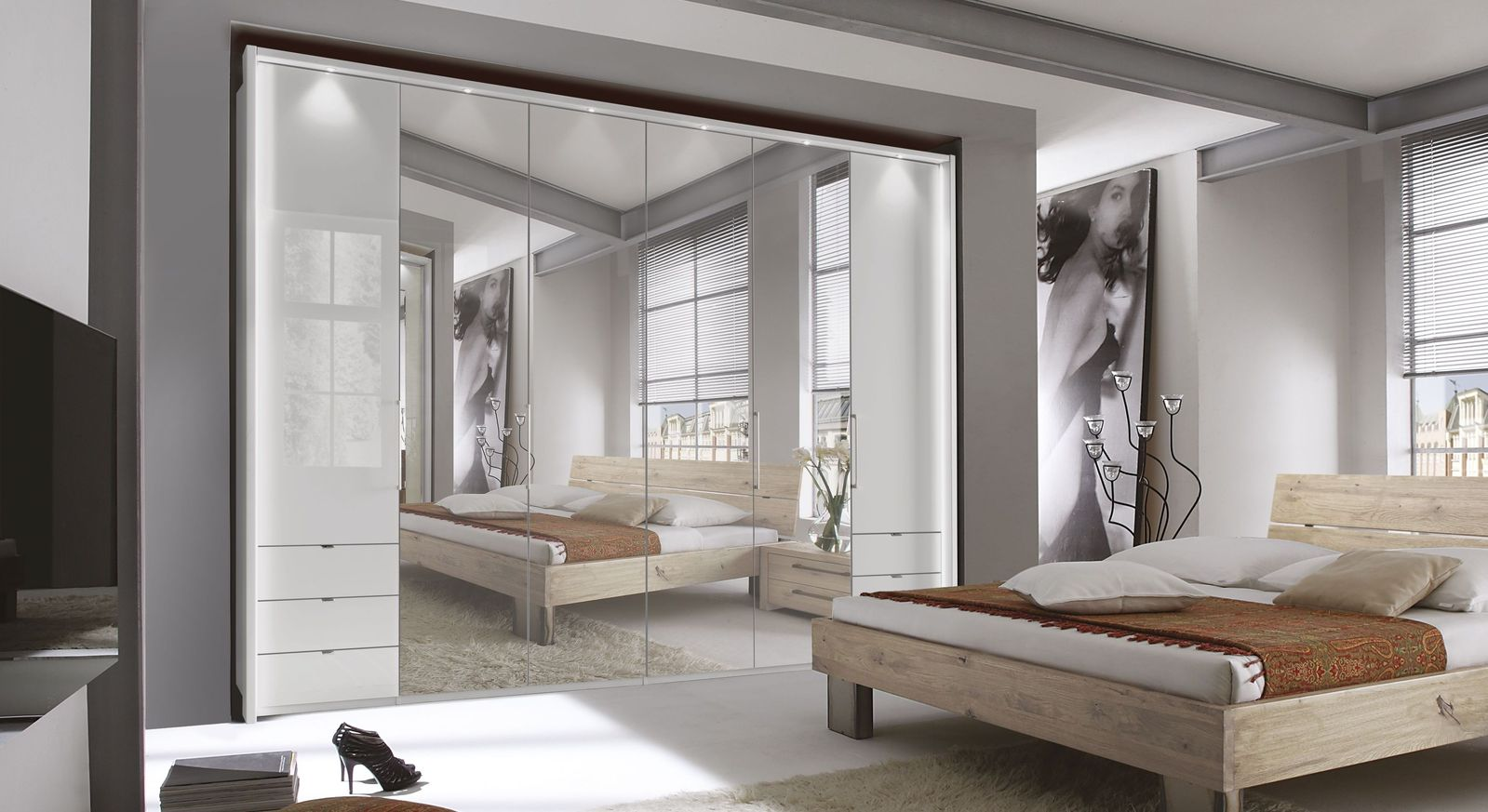 Spiegel-Kleiderschrank Westville in Weiß mit Schubladen