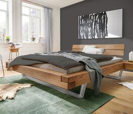 Attraktives Balkenbett Borka in rustikalem Design