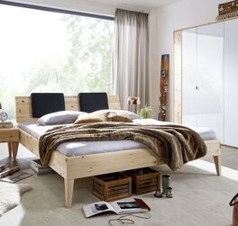 Bett Alistra aus natürlichem Zirbenholz