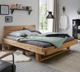 Bett Basiliano aus massivem Echtholz