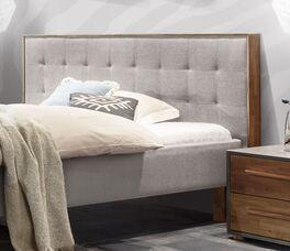 Bett Cassian mit bequem gepolstertem Kopfteil