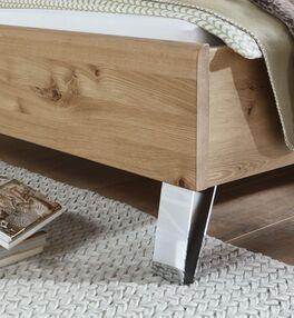 Bett Corato mit Chromfüßen