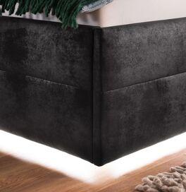 Bett Fambo im extravagantem Design