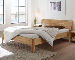 Massivholzbett Florina in schlichtem Design