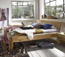Bett Imst im rustikalen Design