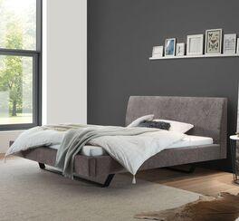 Bett Linatro aus silberfarbenem Struktur-Velours