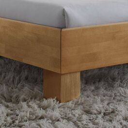 Bett Marisa mit Blockfüßen aus Buchenholz