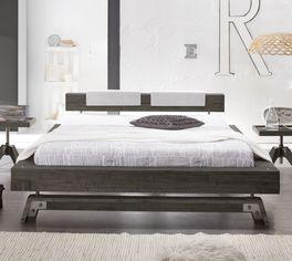 Hochwertiges Bett Molina in Doppelbett-Größe