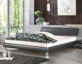 Zeitloses Bett Novara mit schmalem Bettrahmen