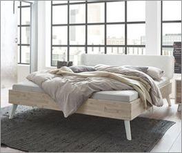 Stylisches Bett Ranua aus hochwertigem Material