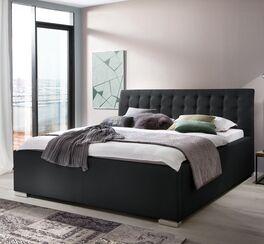 Bett Setiara im zeitlosen Design