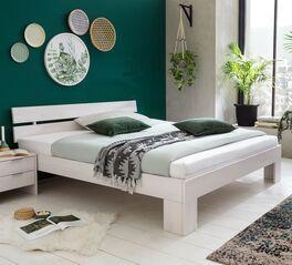 Bett Tanu in geradlinigem Design