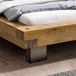 Hochwertiges Bett Vilbert mit gestecktem Bettrahmen
