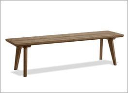 Bettbank Moroni aus robustem Massivholz