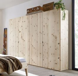Drehtüren-Kleiderschrank Alistra aus massivem Zirbenholz