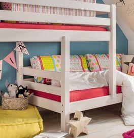 Etagenbett Kids Paradise für Dachschrägen mit innovativer Stufenanordnung