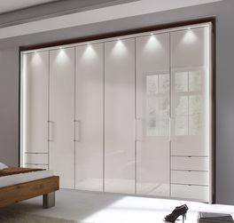 Funktions-Kleiderschrank Northville als Stauraum fürs Schlafzimmer