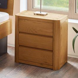 Holz-Nachttisch Lugo mit drei Schubladen