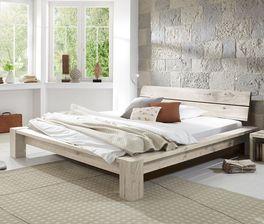 Tolles Design Massivholzbett Navia in Wildeiche Weiß.