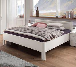 Komfort-Doppelbett Cavallino im zeitlosen Look
