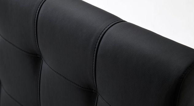 Hochwertige Ziernähte von Kunstleder-Polsterbetten