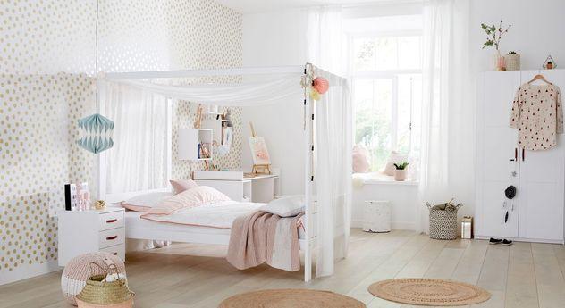 jugendzimmer f r m dchen mit himmelbett von lifetime girls. Black Bedroom Furniture Sets. Home Design Ideas
