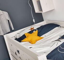LIFETIME Kinderbett Space Dream aus stabilem Echtholz