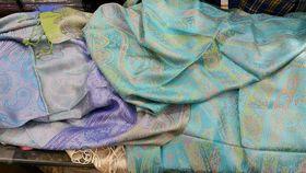 Naturfaser Cashmere-Tücher aus Indien